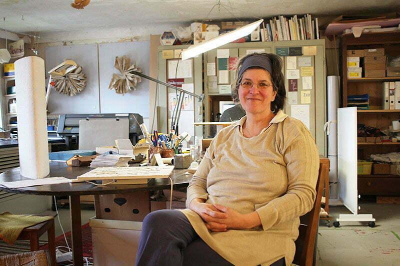 Mattsee Tipps: Papierschöpfen bei Michaela Metzler