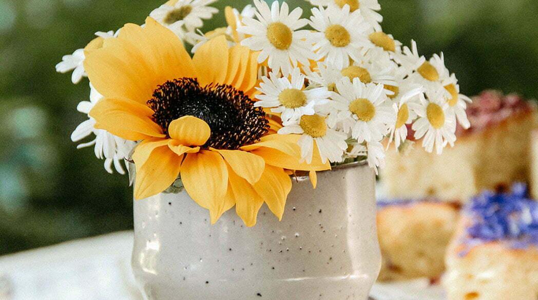 Eine sommerliche Tea Time mit Eistee & Zitronenschnitten