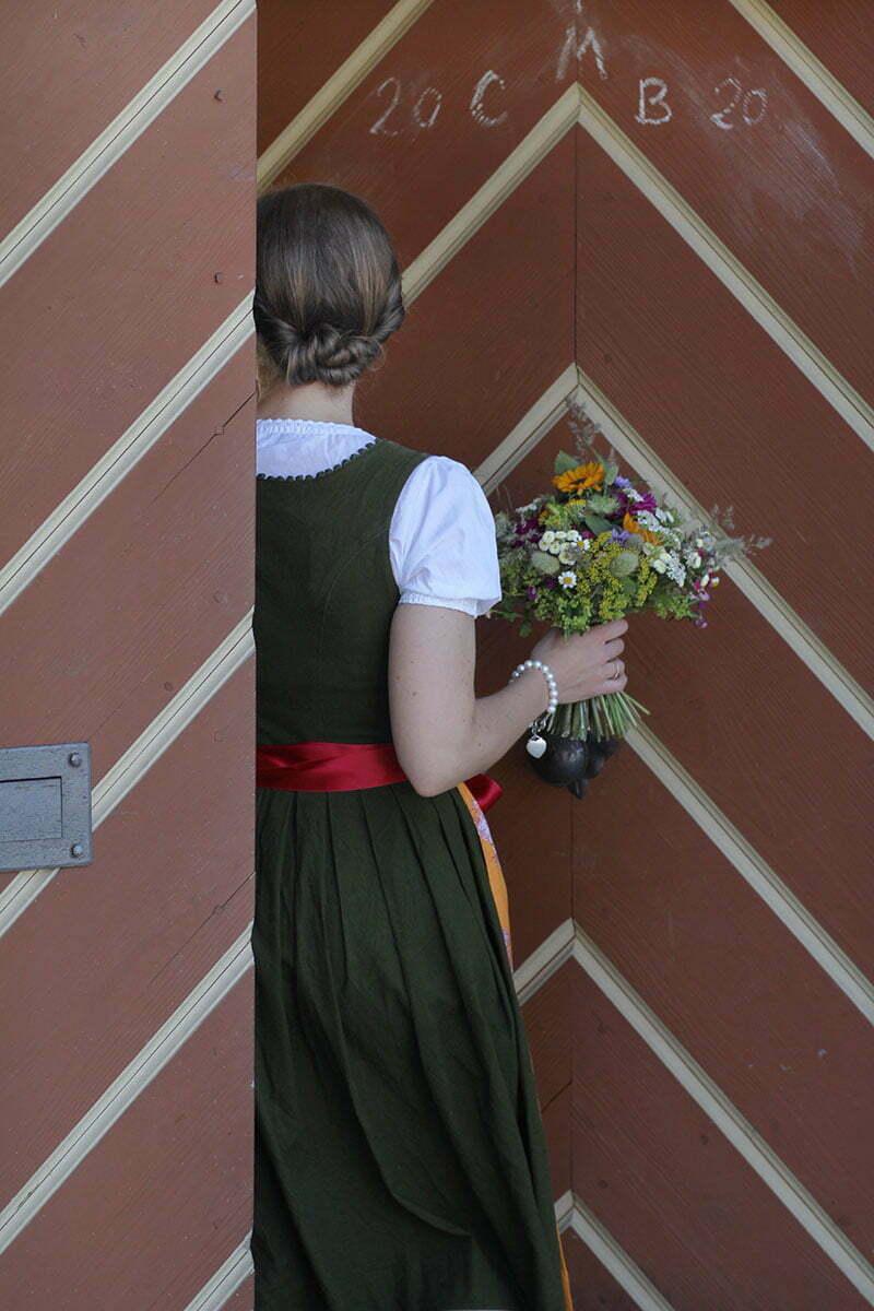 Josefine Tracht Schürze