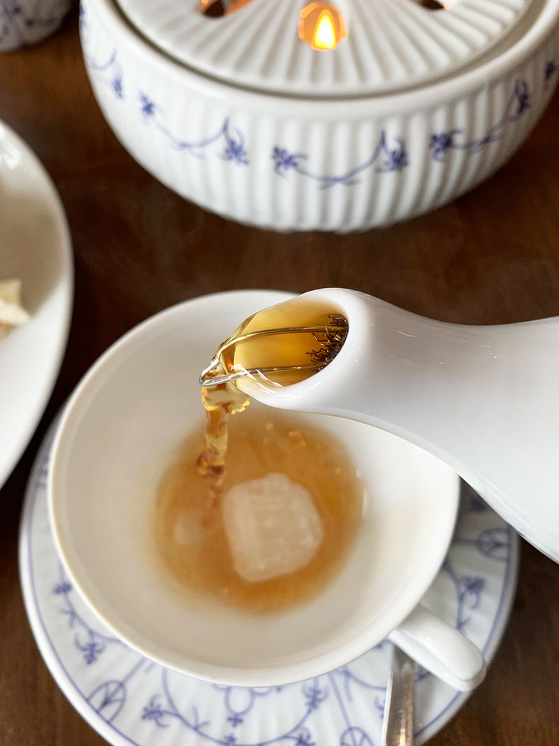 Ostfriesische Tee-Zeremonie