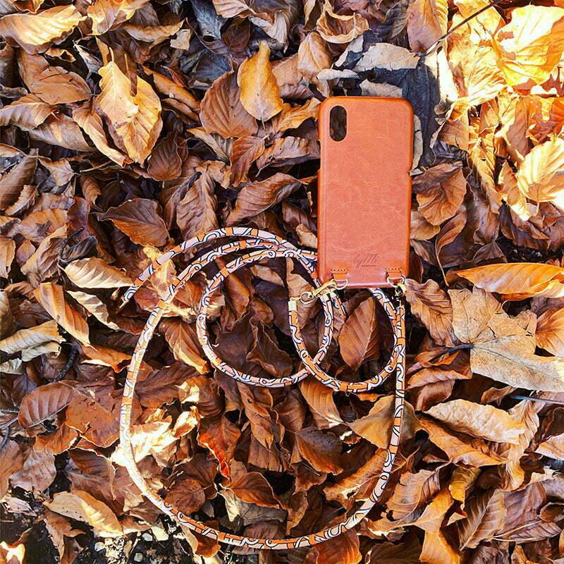 Iphone-Case und Chain von byMi